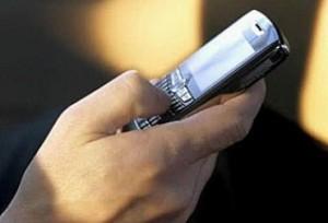 Сколько контактов в твоем мобильнике?